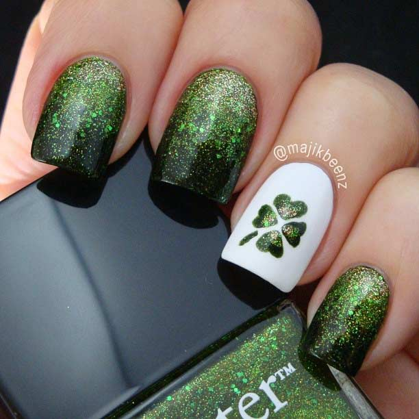 Green Glitter Nails and Clover Accent Nail