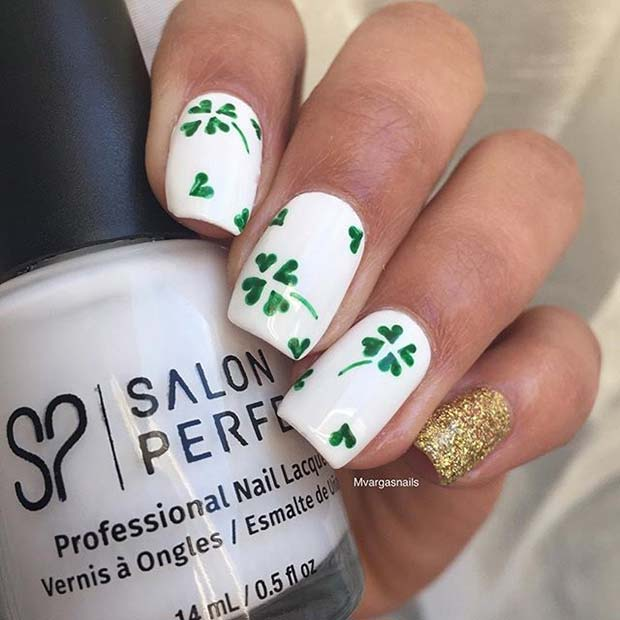Classy Clover Nail Design for St Patrick's Day