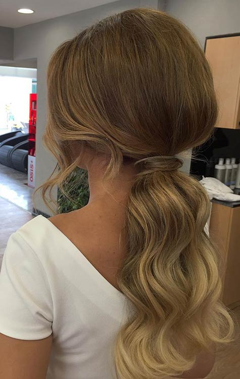 Elegant Ponytail Hairstyle for Prom