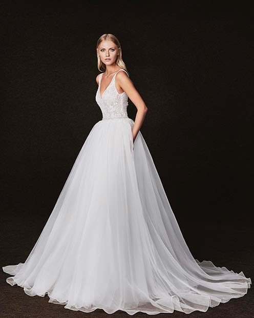 Stunning Wedding Dress: 21 Stunning Wedding Dress Ideas For Beautiful Brides