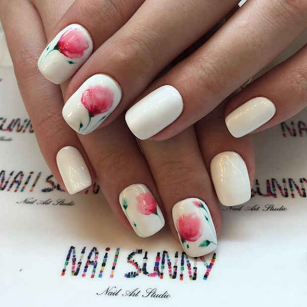 White Nails with Delicate Flower Nail Art for Spring 2017 - 21 Gorgeous Floral Nail Designs For Spring StayGlam