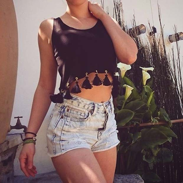 Crop Top and Shorts Summer Outfit Idea