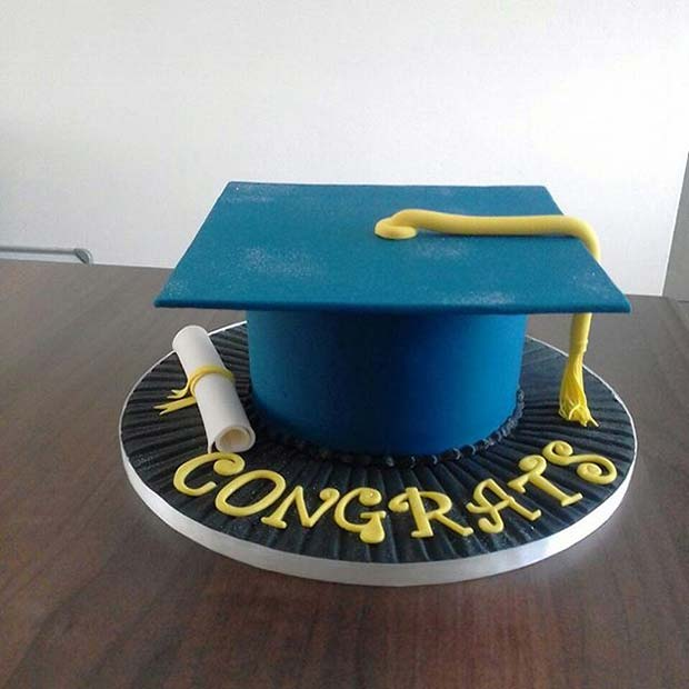 Graduation Cap Cake for Graduation Party