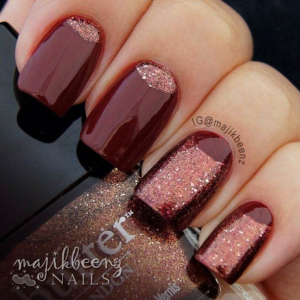 23 gorgeous glitter nail ideas for the holidays stayglam red glitter nails prinsesfo Images