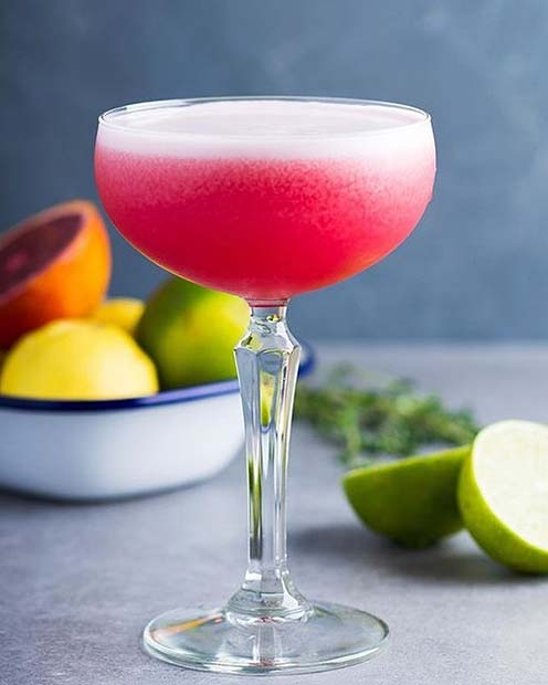 Clover Club Raspberry Pink Fruity Summer Cocktail Idea for Women