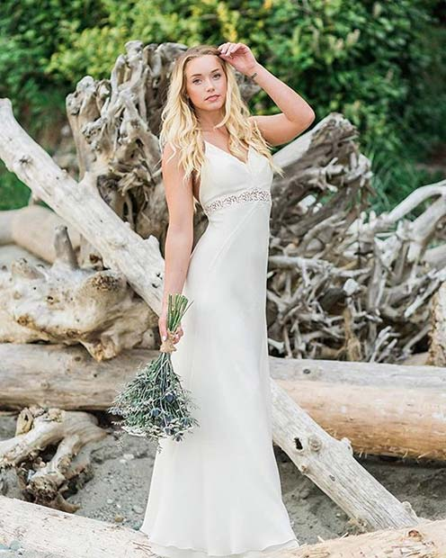 Beautiful Simple Wedding Dress Idea for a Beach Wedding
