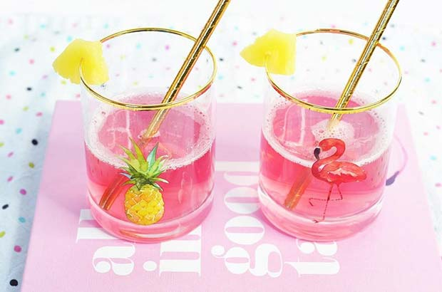 Tropical Pink Mimosa Fruity Summer Cocktail Idea for Women