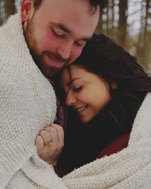 Cute Couple Photo for Romantic Engagement Photo Idea