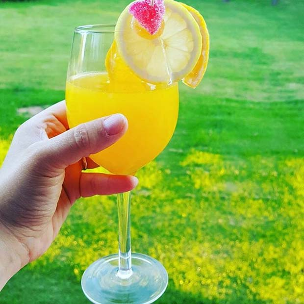 Mimosa for Girly and Delicious Summer Cocktails