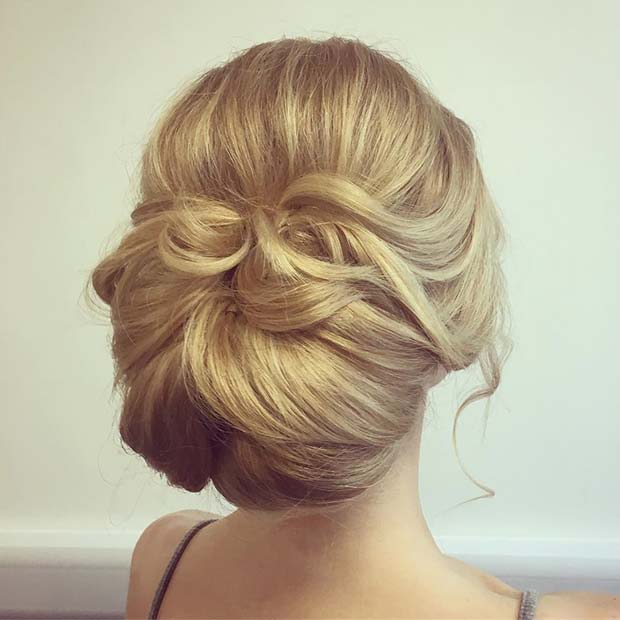 Soft and Relaxed Bun for Bridesmaid Hair Ideas