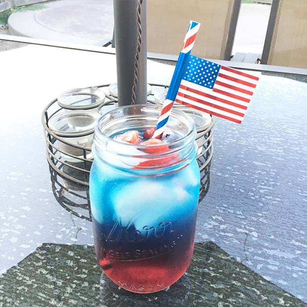 Red and Blue Mason Jar Cocktail for 4th of July Party Ideas