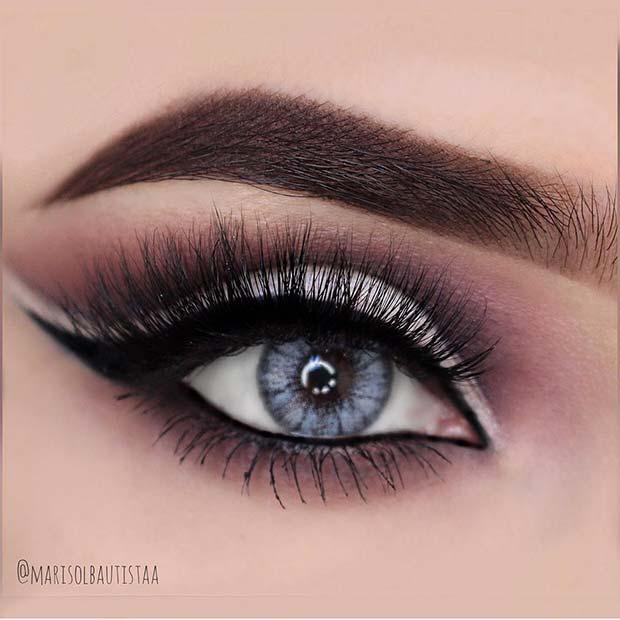 Smokey Eye with Winged Eyeliner