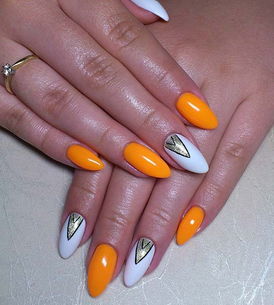 Trendy Triangular Design for Summer Nails Idea