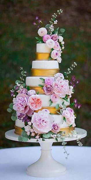 Luxurious White and Gold Cake with Soft Flowers for Summer Wedding Cakes