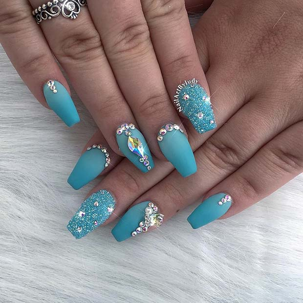 Sparkly Blue Nails for Summer Nails Idea