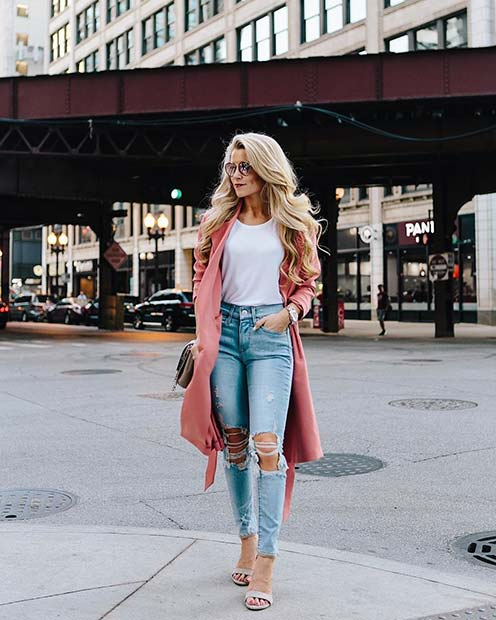 Light Ripped Jeans for Casual Summer Outfits