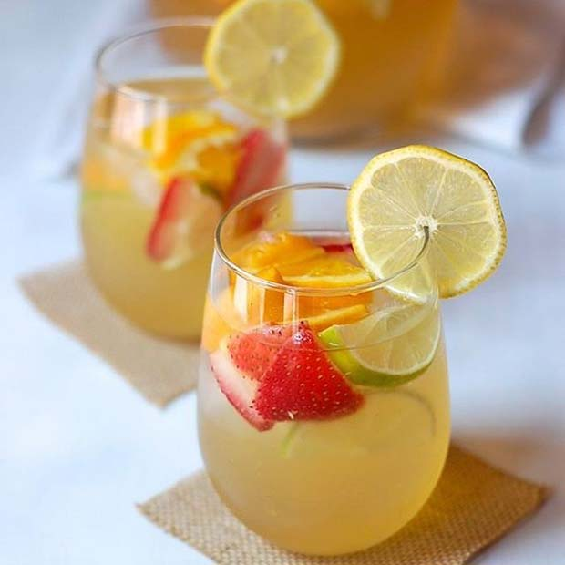 White Wine Cocktail for Summer Cocktails for a Crowd