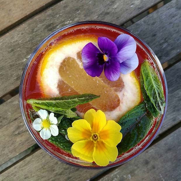 Summer Floral Punch for Girly and Delicious Summer Cocktails