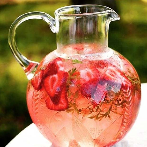 Summer Cocktail Pitcher for Summer Cocktails for a Crowd