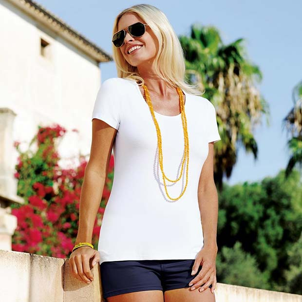 Vibrant Accessories with T-shirt and Shorts for Casual Summer Outfits