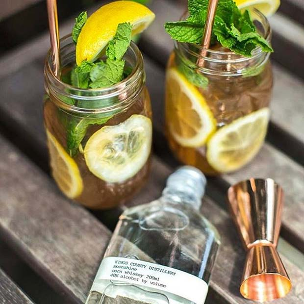 Cocktails in Mason Jars for Summer Cocktails for a Crowd