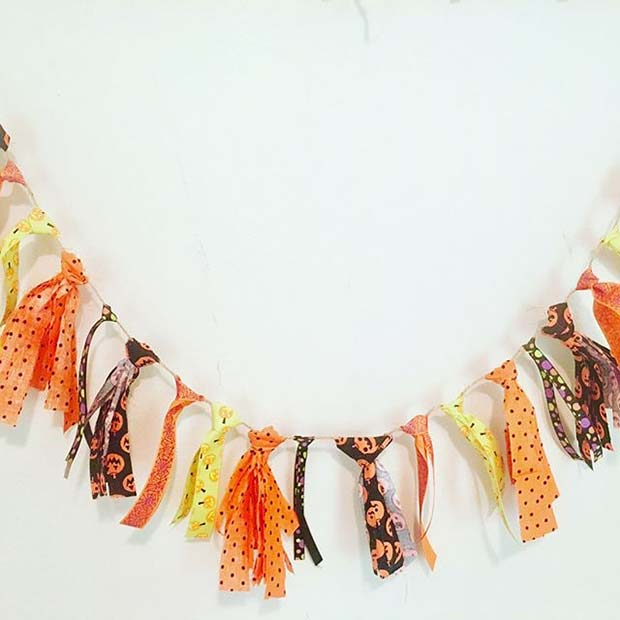 Cute Halloween Garland for DIY Halloween Decor