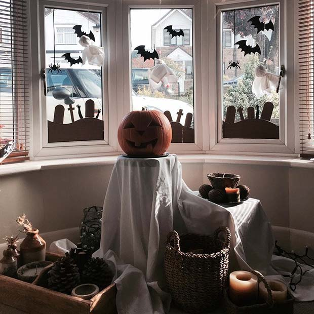 Spooky Pumpkin Display for DIY Halloween Decor