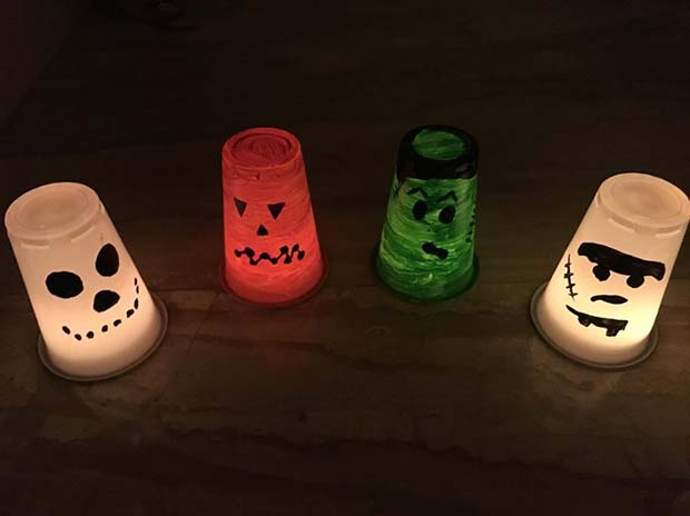 Creative Painted Cups for DIY Halloween Decor