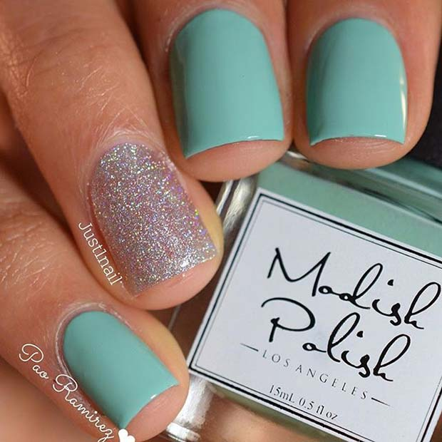 Vibrant Manicure with Sparkly Accent Nail for Elegant Nail Designs for Short Nails