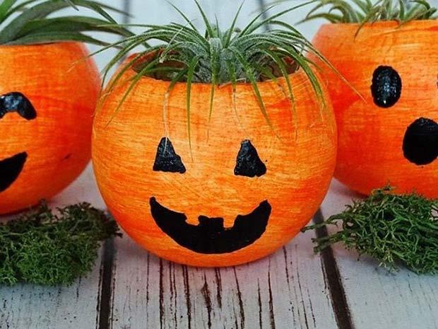 Pumpkin Planters for Fun DIY Halloween Party Decor
