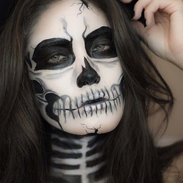 Spooky Skeleton for Creepy Halloween Makeup Ideas