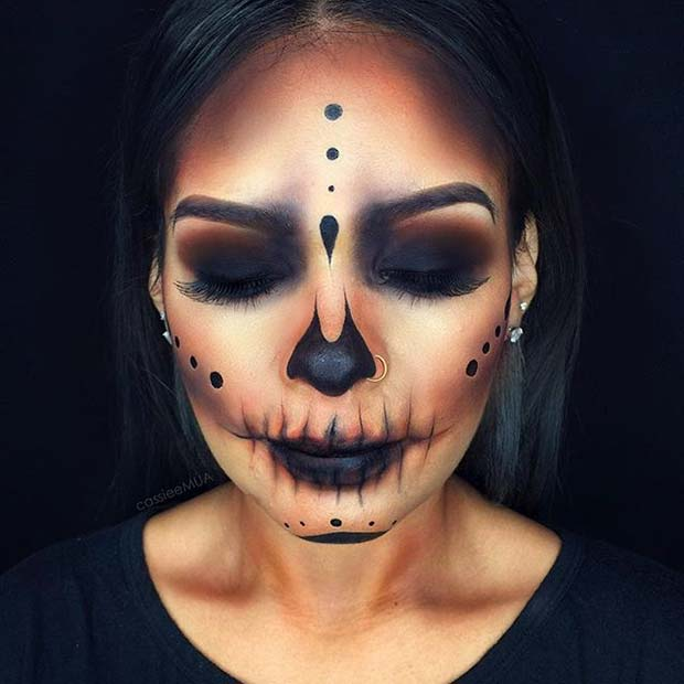 Dark Skull for Creepy Halloween Makeup Ideas