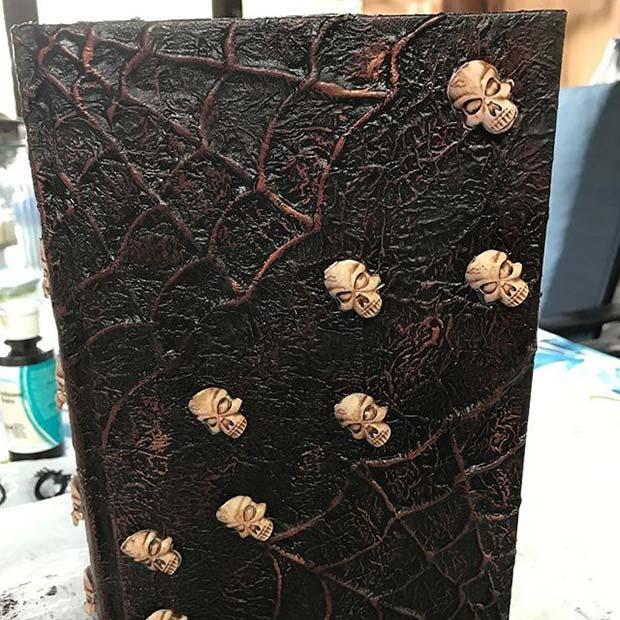 Spooky DIY Book Decoration Fun DIY Halloween Party Decor