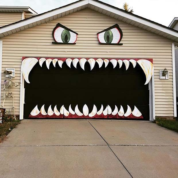 scary garage decoration for fun diy halloween party decor - Garage Decor