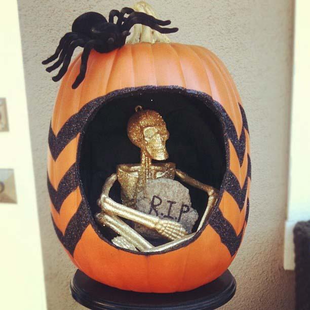 Skeleton Pumpkin for Fun DIY Halloween Party Decor