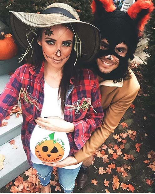 Scarecrow and Pumpkin Costume for Halloween Costumes for Pregnant Women