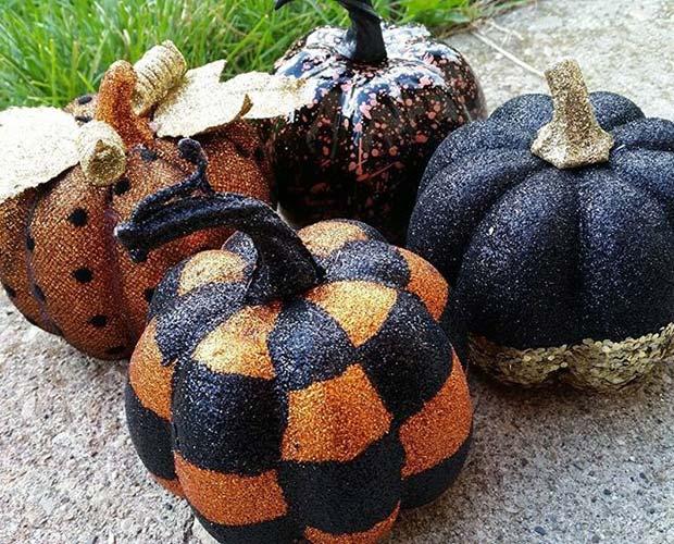 Glitter Pumpkins for Fun DIY Halloween Party Decor