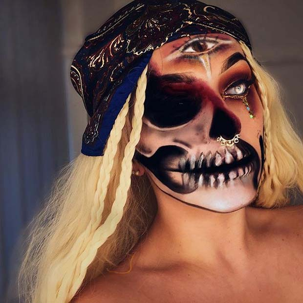 Scary Fortune Teller for Creepy Halloween Makeup Ideas
