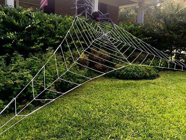 Outdoor Spider Web for Fun DIY Halloween Party Decor