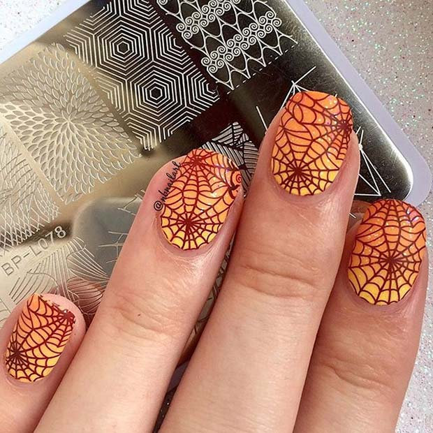 21 Creepy And Creative Halloween Nail Designs Stayglam