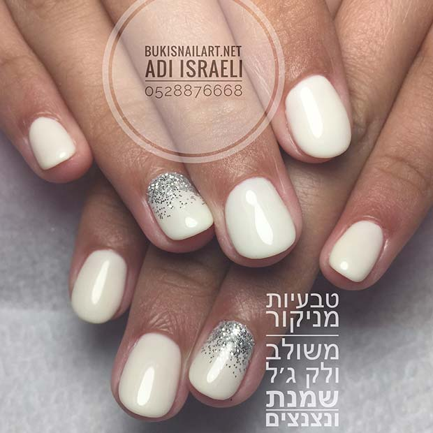 Subtle Silver Glitter Manicure for Simple Yet Eye-Catching Nail Designs