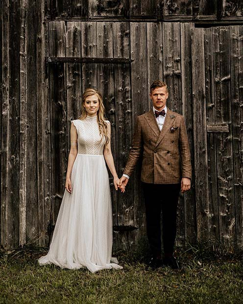 Bride and Groom Styling Ideas for Rustic Wedding Ideas
