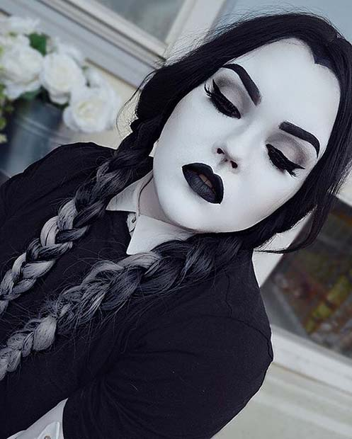 Wednesday Addams for Easy, Last-Minute Halloween Makeup Looks