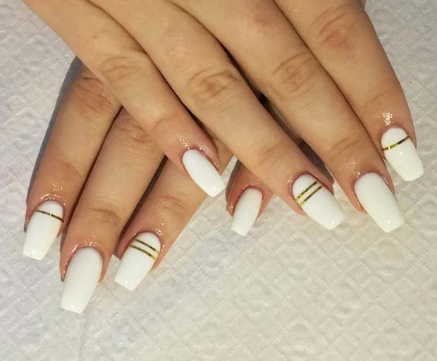 Chic White and Gold for Simple Yet Eye-Catching Nail Designs