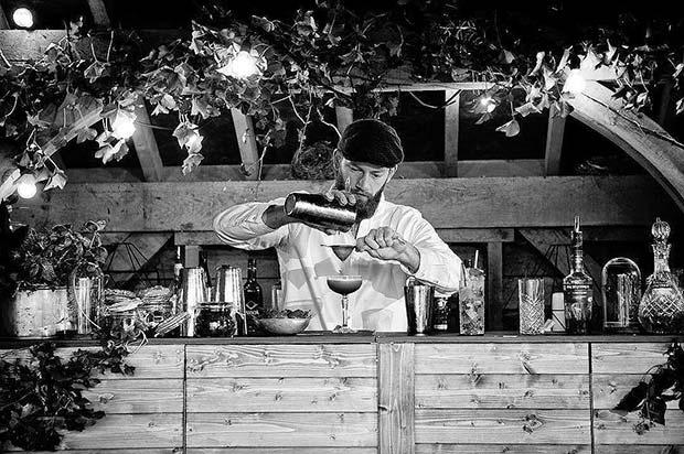 Rustic Bar Idea for Rustic Wedding Ideas