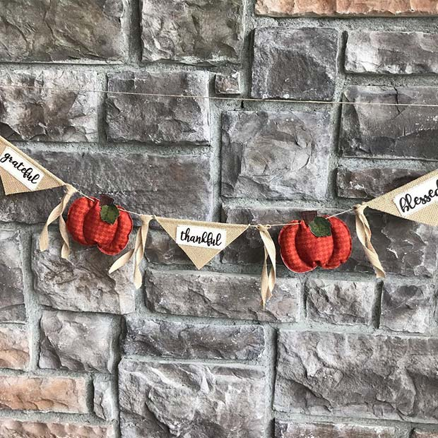 Cute Thanksgiving Banner for Simple and Creative Thanksgiving Decorations