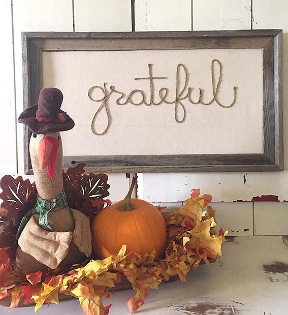 DIY Grateful Decoration for Simple and Creative Thanksgiving Decorations