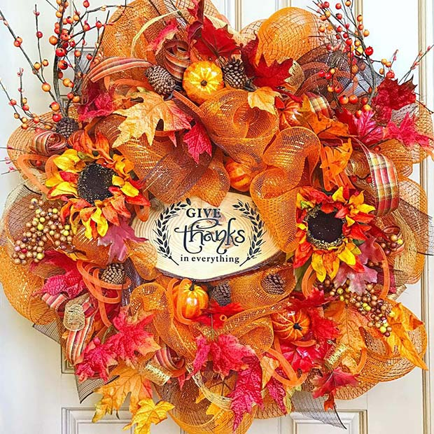 Vibrant Autumn Wreath for Thanksgiving Crafts