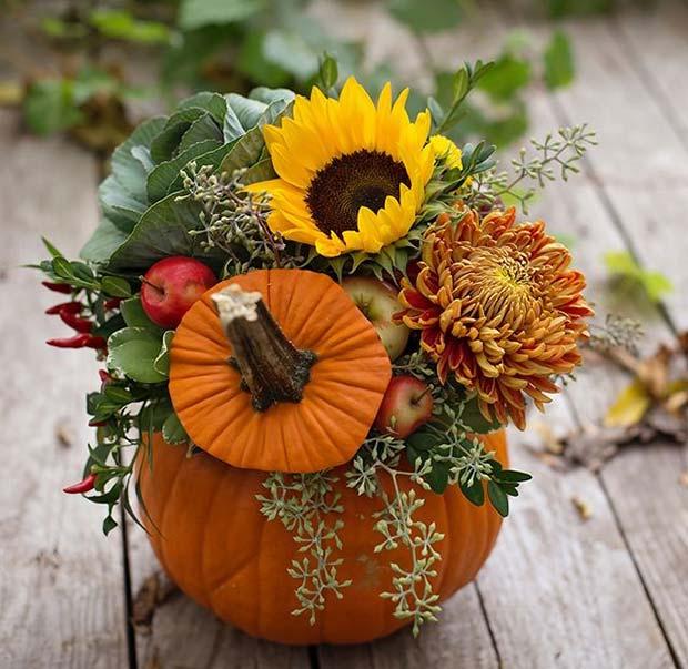 Pumpkin Flower Arrangement for Simple and Creative Thanksgiving Decorations