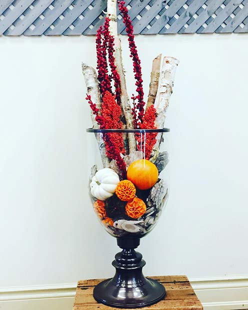 Thanksgiving Floral Decoration for Simple and Creative Thanksgiving Decorations